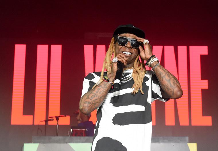 Report: Trump expected to pardon Lil Wayne