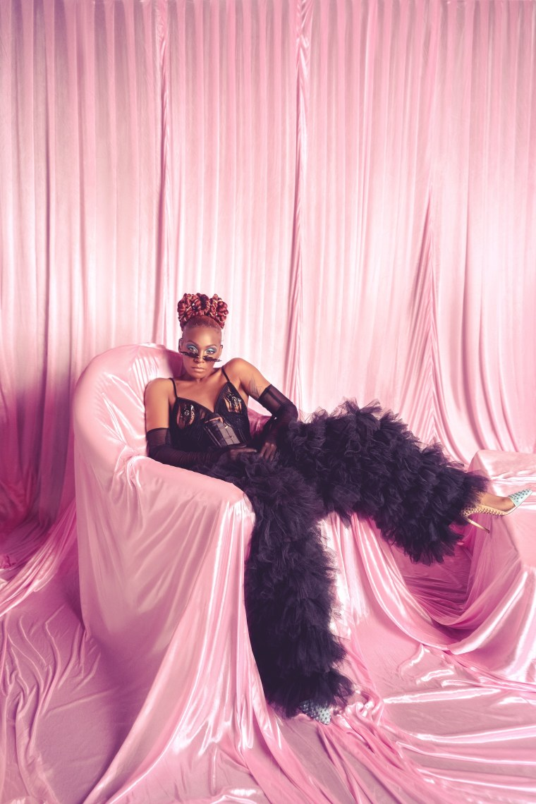 """Dawn Richard announces new album, shares new song """"Bussifame"""""""